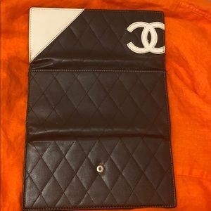 Quilted vintage Chanel wallet